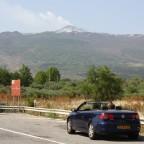 de rokende Etna nabij dorpje Randazzo